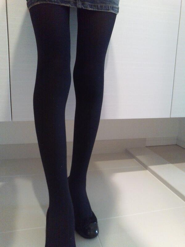 妊娠でむくむ前の脚